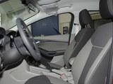 2012缓 福克斯 三厢1.6L 机动舒适型
