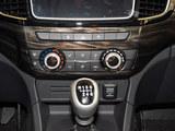 2020款 铃拓  2.5T四驱手动领航版 国VI JE4D25Q6A