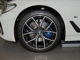 2021款 宝马5系(进口)   530i 风尚版 M运动套装